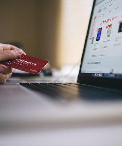 Der Onlinehandel boomt. Durch das automatische Lagersystem von Cellgo kann der Prozess des E-Commerce effizienter gestaltet werden.